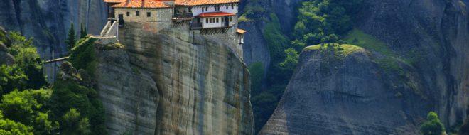 Découverte des monastères les plus isolés de la planète pendant ton stage à l'étranger !
